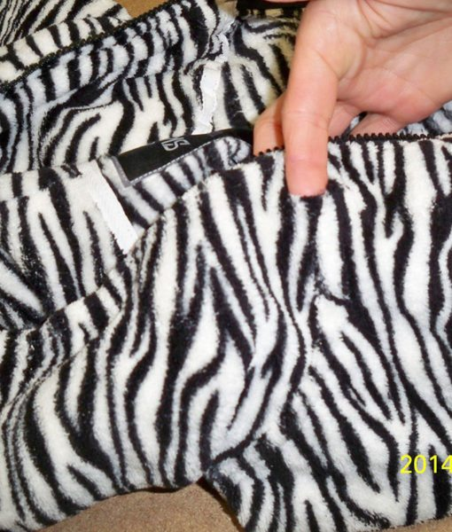 Dospělé dupačky 2 – Teddy zebra – vada